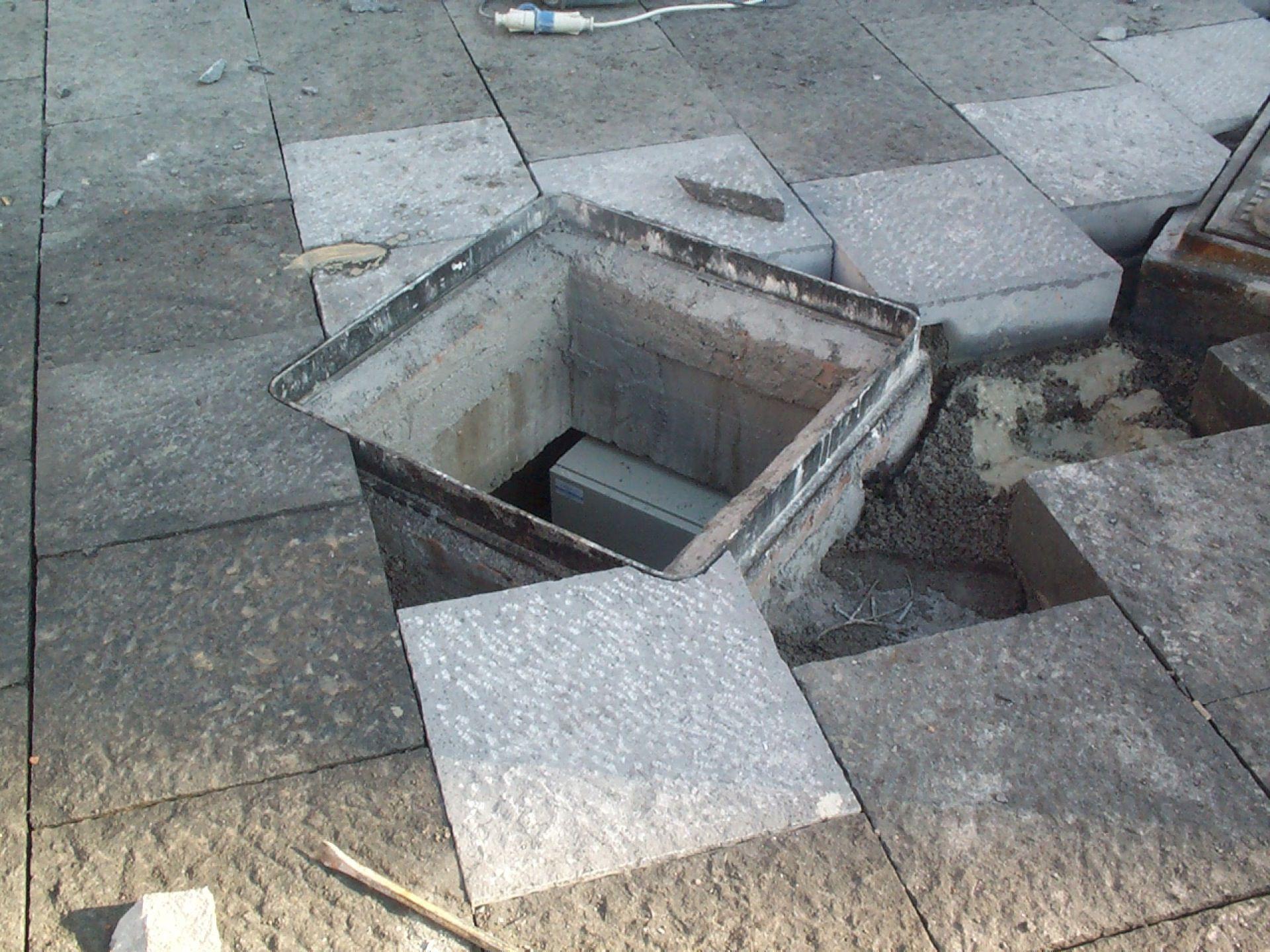 Basole in pietra lavica piazza duomo di catania - Piastrelle pietra lavica ...